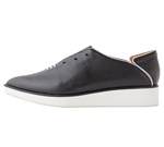 POINTED SLIP-ON BLACK